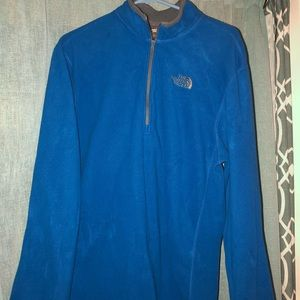 Men's North Face light weight fleece